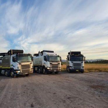 Mainstream Triplets Vac Trucks